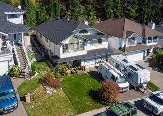 Photo 2: 1463 BLACKWATER Place in Coquitlam: Westwood Plateau House for sale : MLS®# R2615092