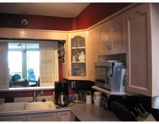 """Photo 6: 306 1318 W 6TH Avenue in Vancouver: Fairview VW Condo for sale in """"BIRCH GARDENS"""" (Vancouver West)  : MLS®# V764182"""