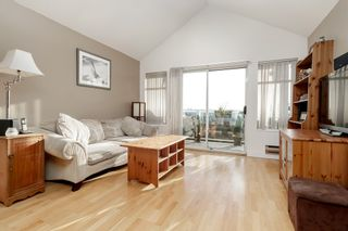 """Photo 5: 313 5335 HASTINGS Street in Burnaby: Capitol Hill BN Condo for sale in """"THE TERRACES"""" (Burnaby North)  : MLS®# R2327030"""