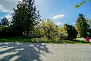 Photo 4: 11298 LANSDOWNE Drive in Surrey: Bolivar Heights House for sale (North Surrey)  : MLS®# R2616453