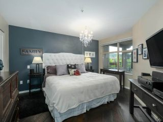 "Photo 14: 308 300 KLAHANIE Drive in Port Moody: Port Moody Centre Condo for sale in ""KLAHANIE - TIDES BLDG."" : MLS®# R2480822"