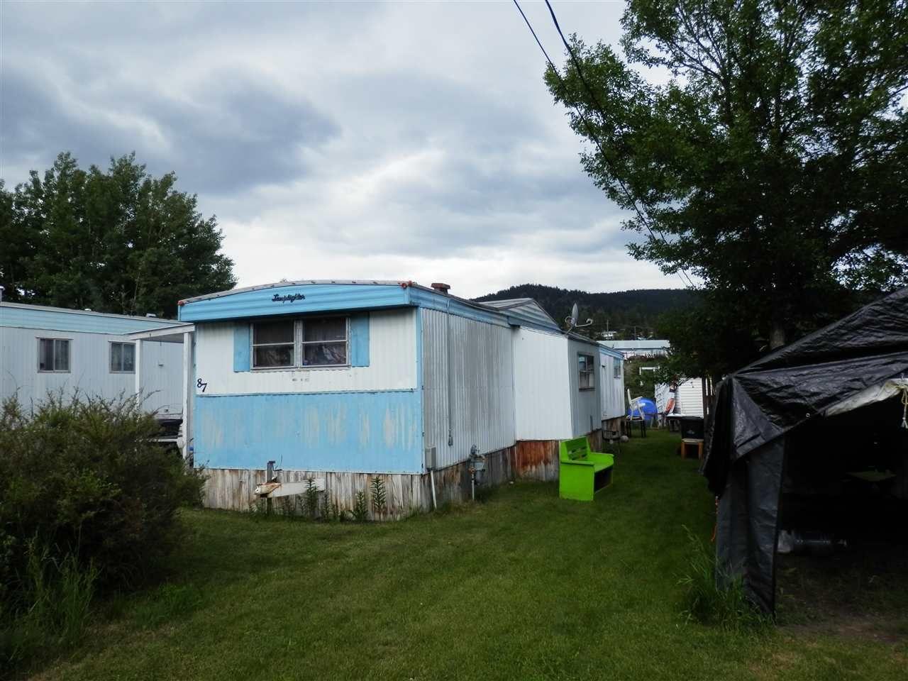 Photo 3: Photos: 87 3001 N MACKENZIE Avenue in Williams Lake: Williams Lake - City Manufactured Home for sale (Williams Lake (Zone 27))  : MLS®# R2379135