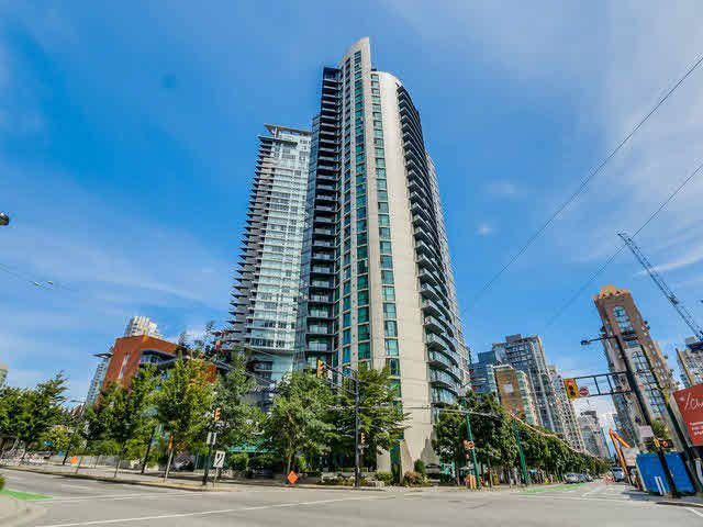 Main Photo: 709 501 PACIFIC STREET in Vancouver West: Home for sale : MLS®# V1140584