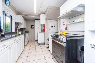 Photo 25: 2695 MCBRIDE Avenue in Surrey: Crescent Bch Ocean Pk. House for sale (South Surrey White Rock)  : MLS®# R2571973
