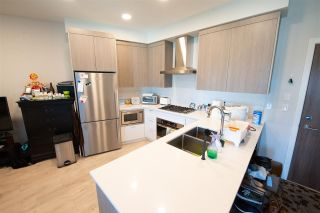 "Photo 8: PH18 6283 KINGSWAY in Burnaby: Highgate Condo for sale in ""Pixel"" (Burnaby South)  : MLS®# R2574533"