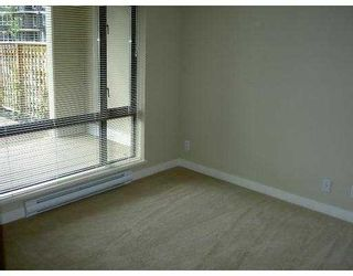 """Photo 6: 101 3660 VANNESS Avenue in Vancouver: Collingwood VE 1/2 Duplex for sale in """"CIRCA"""" (Vancouver East)  : MLS®# V789391"""