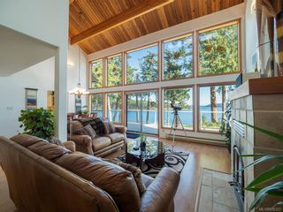 Photo 6: 8834 Canal Rd in Pender Island: GI Pender Island House for sale (Gulf Islands)  : MLS®# 836327