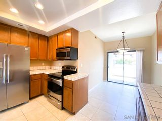 Photo 6: ENCINITAS Twin-home for sale : 3 bedrooms : 2328 Summerhill Dr
