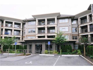 "Photo 16: 322 12248 224TH Street in Maple Ridge: East Central Condo for sale in ""URBANO"" : MLS®# V1103751"