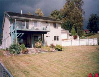 Photo 2: 32982 HARWOOD PL in Abbotsford: Central Abbotsford House for sale : MLS®# F2519648