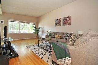 Photo 12: 404 28 Avenue NE in Calgary: Winston Heights/Mountview Semi Detached for sale : MLS®# A1117362