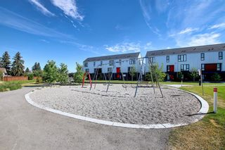 Photo 38: 3543 69 Street NW in Calgary: Bowness Row/Townhouse for sale : MLS®# A1023919