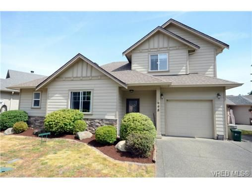 Main Photo: 998 Wild Pond Lane in VICTORIA: La Happy Valley House for sale (Langford)  : MLS®# 733057