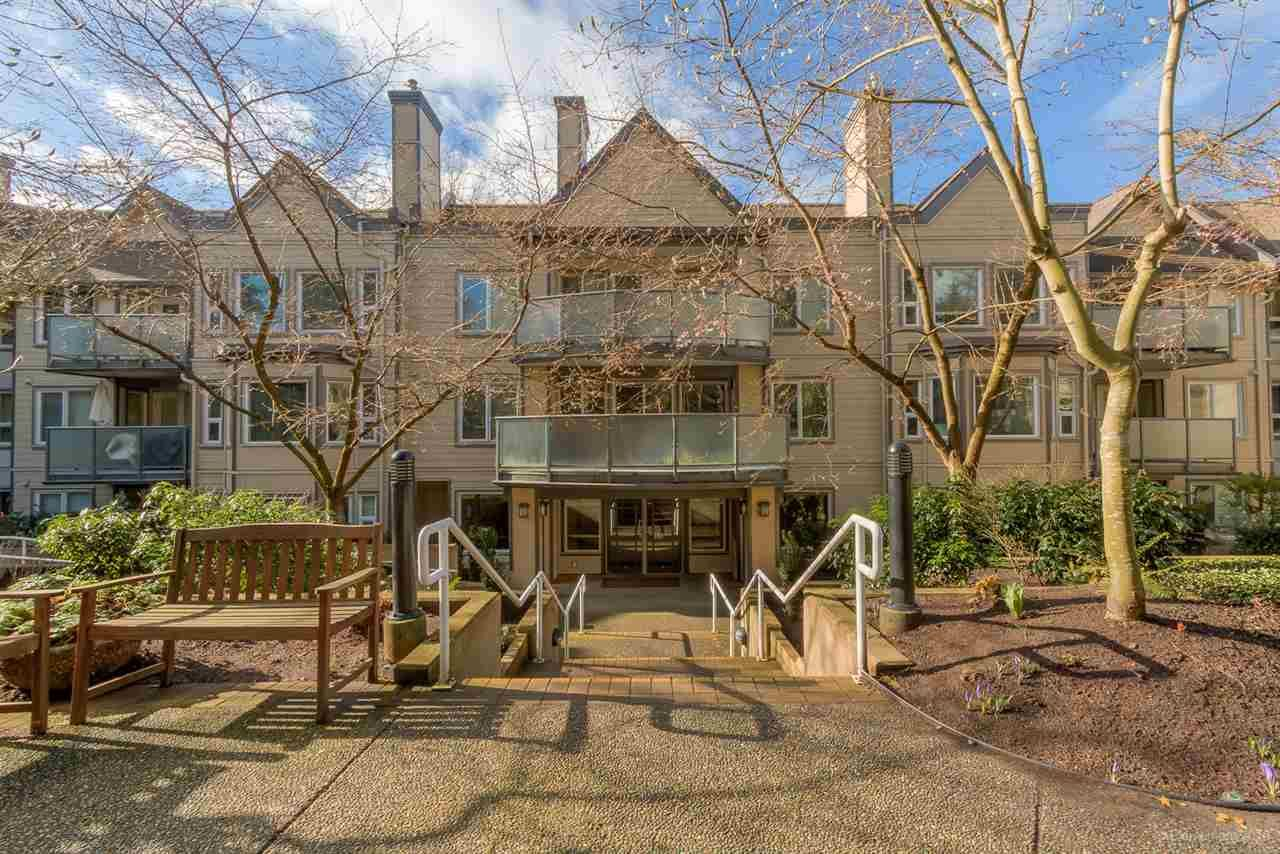 """Main Photo: 201 6707 SOUTHPOINT Drive in Burnaby: South Slope Condo for sale in """"MISSION WOODS"""" (Burnaby South)  : MLS®# R2037304"""