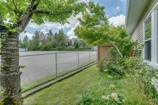 Photo 7: 6 14788 105A Avenue in Surrey: Guildford Townhouse for sale : MLS®# R2493303