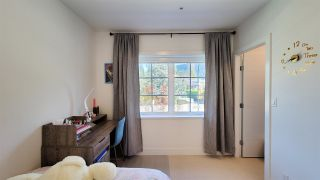 """Photo 13: 8 1133 RIDGEWOOD Drive in North Vancouver: Edgemont Townhouse for sale in """"EDGEMONT WALK"""" : MLS®# R2565453"""