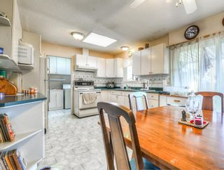 Photo 3: 9498 127A Street in Surrey: Queen Mary Park Surrey House for sale : MLS®# R2233780