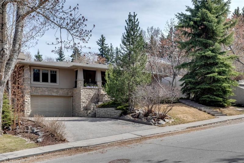 FEATURED LISTING: 2220 12 Street Southwest Calgary