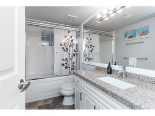 """Photo 14: 87 4001 OLD CLAYBURN Road in Abbotsford: Abbotsford East Townhouse for sale in """"Cedar Springs"""" : MLS®# R2419759"""