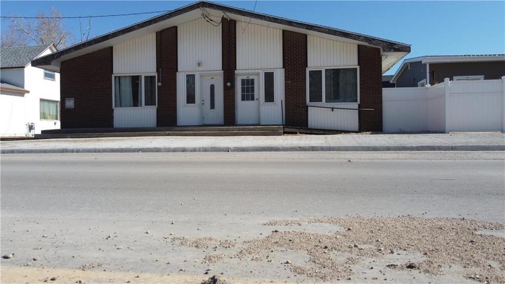 Main Photo: 183 Caron Street in St Jean Baptiste: R17 Residential for sale : MLS®# 202114379