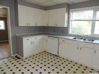 Photo 8: 214 Railway Avenue in Lampman: Residential for sale : MLS®# SK866334