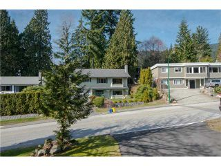 Photo 9: 4570 HOSKINS RD in North Vancouver: Lynn Valley House for sale : MLS®# V1052431