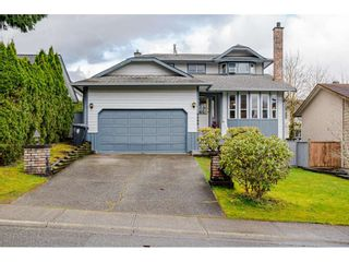 Main Photo: 9399 214 Street in Langley: Walnut Grove House for sale : MLS®# R2555970