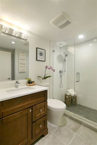 Photo 12: 1465 WALNUT Street in Vancouver: Kitsilano Townhouse for sale (Vancouver West)  : MLS®# R2170959