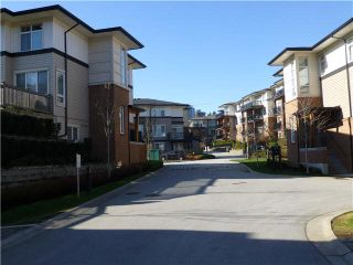 "Photo 2: 57 1125 KENSAL Place in Coquitlam: New Horizons Townhouse for sale in ""KENSAL WALK"" : MLS®# V1106910"