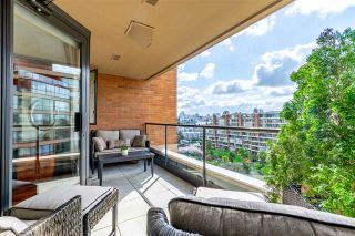 """Photo 3: 704 1450 PENNYFARTHING Drive in Vancouver: False Creek Condo for sale in """"HARBOUR COVE"""" (Vancouver West)  : MLS®# R2594220"""