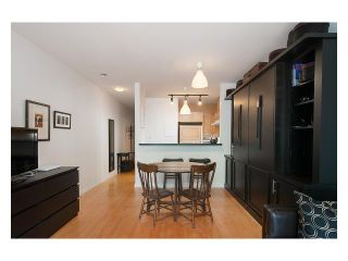 Photo 25: 106 3333 4TH Ave W in Vancouver West: Home for sale : MLS®# V1122969
