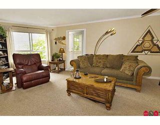 "Photo 3: 203 15268 105TH Avenue in Surrey: Guildford Condo for sale in ""Georgia Gardens"" (North Surrey)  : MLS®# F2817458"