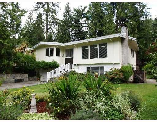 FEATURED LISTING: 1490 Edgewater Lane North Vancouver