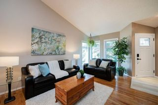 Photo 4: 208 Strathcona Mews SW in Calgary: Strathcona Park Detached for sale : MLS®# A1094826