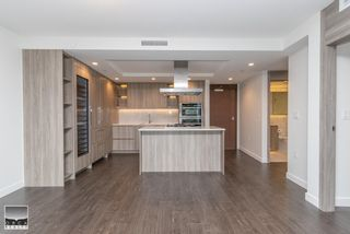 Photo 10: 1009 1768 COOK Street in Vancouver: False Creek Condo for sale (Vancouver West)  : MLS®# R2622378