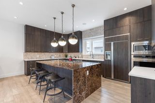 Photo 12: 2704 1 Avenue NW in Calgary: West Hillhurst Detached for sale : MLS®# A1152008