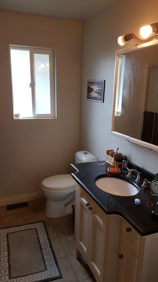 Photo 12: 1742 HARRIS Road in Squamish: Brackendale 1/2 Duplex for sale : MLS®# R2500152