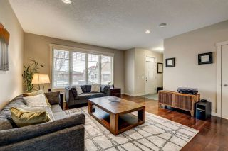 Photo 7: 341 Griesbach School Road in Edmonton: Zone 27 House for sale : MLS®# E4241349