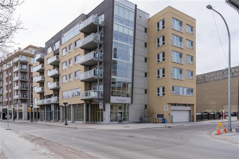 FEATURED LISTING: 401 - 300 Waterfront Drive Winnipeg