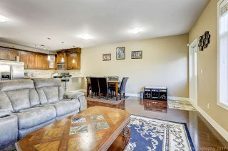 Photo 4: 13969 64 Avenue in Surrey: East Newton Triplex for sale : MLS®# R2218005