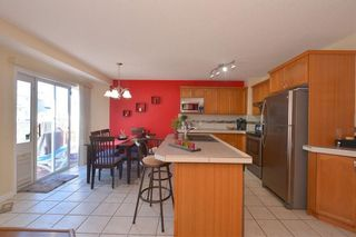 Photo 11: 9428 HIDDEN VALLEY DR NW in Calgary: Hidden Valley House for sale : MLS®# C4167144