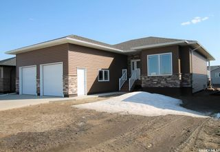 Photo 1: 316 Valley Pointe Way in Swift Current: Sask Valley Residential for sale : MLS®# SK833762