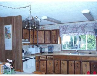 """Photo 2: 3665 244 Street in Langley: Otter District Manufactured Home for sale in """"Langley Grove Estates"""" : MLS®# F2624909"""