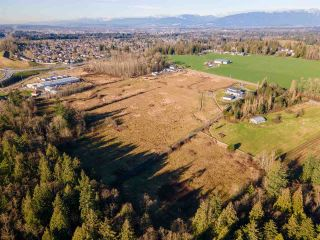 Photo 3: 21734 TELEGRAPH Trail in Langley: Fort Langley House for sale : MLS®# R2531143