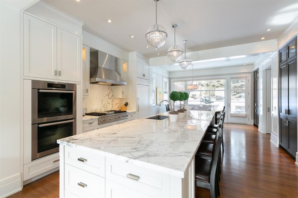 Photo 11: Photos: 1420 Beverley Place SW in Calgary: Bel-Aire Detached for sale : MLS®# A1060007