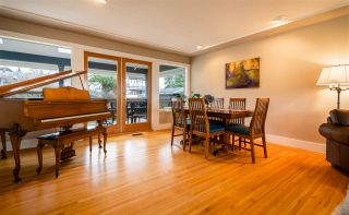 Photo 11: 15539 SEMIAHMOO AVENUE: White Rock House for sale (South Surrey White Rock)  : MLS®# R2554599