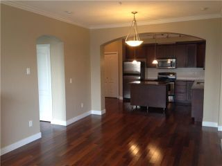 Photo 3: # 206 2627 SHAUGHNESSY ST in Port Coquitlam: Central Pt Coquitlam Condo for sale : MLS®# V1072350