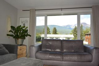 """Photo 16: 4042 9TH Avenue in Smithers: Smithers - Town House for sale in """"Walnut Park"""" (Smithers And Area (Zone 54))  : MLS®# R2487827"""