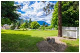 Photo 19: 1121 Southeast 1st Street in Salmon Arm: Southeast House for sale : MLS®# 10136381