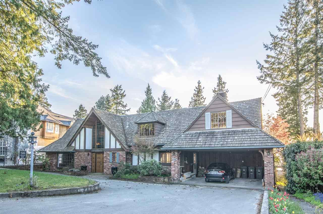"Main Photo: 2505 CRESCENT Drive in Surrey: Crescent Bch Ocean Pk. House for sale in ""Crescent Beach / Ocean Park"" (South Surrey White Rock)  : MLS®# R2159169"